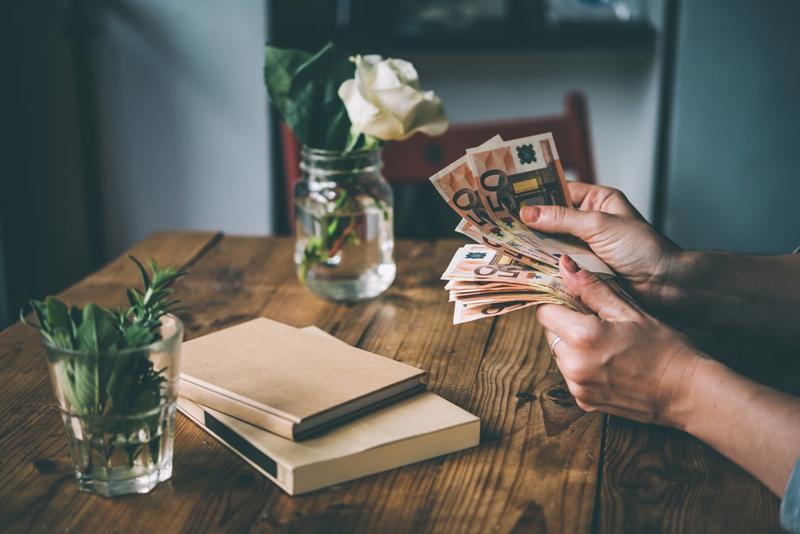 აი როგორ უნდა ატაროთ ქინძისთავი, რომ წარმატება, სიყვარული, ფული მოიზიდოთ და თავი დაიცვათ.