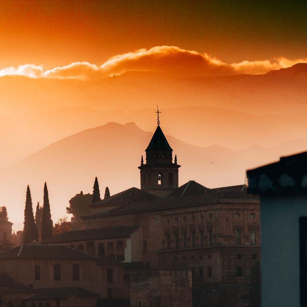 ამ 25 მიზეზს რომ წაიკითხავთ, სასწრაფოდ ამოიღებთ ესპანეთს თქვენი სამოგზაურო ქვეყნების სიიდან